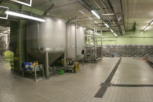 Зал фильтрации пива