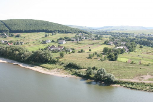 Виды Днестра в районе села Коропец