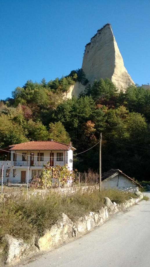 В городе Мелник