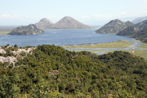 Скадарское озеро, вид с окрестных гор