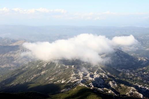 Вид со смотровой площадки на вершине горы Ловчен